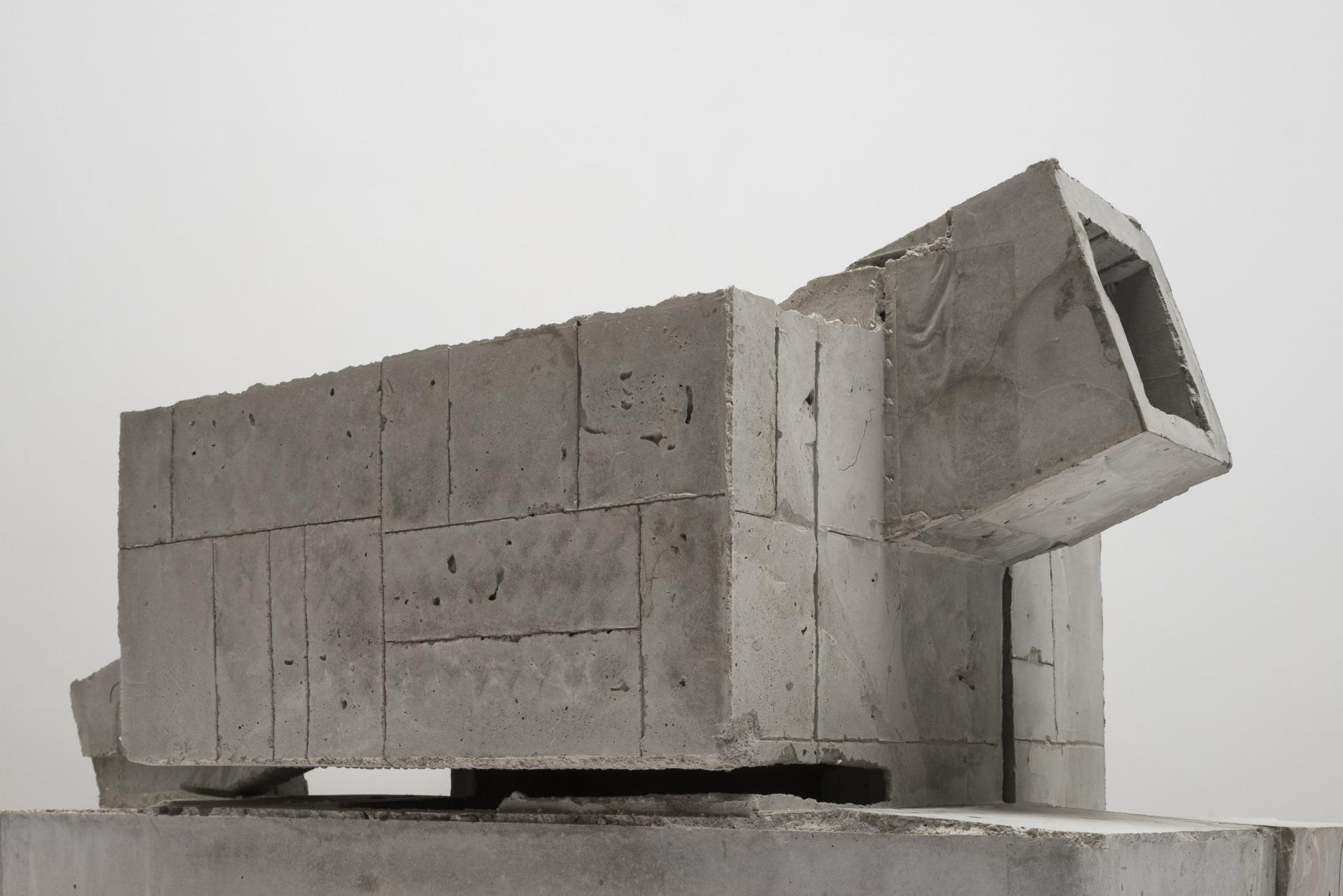 DMF Ressano Garcia Lawrence Weiner Modelo II 7345